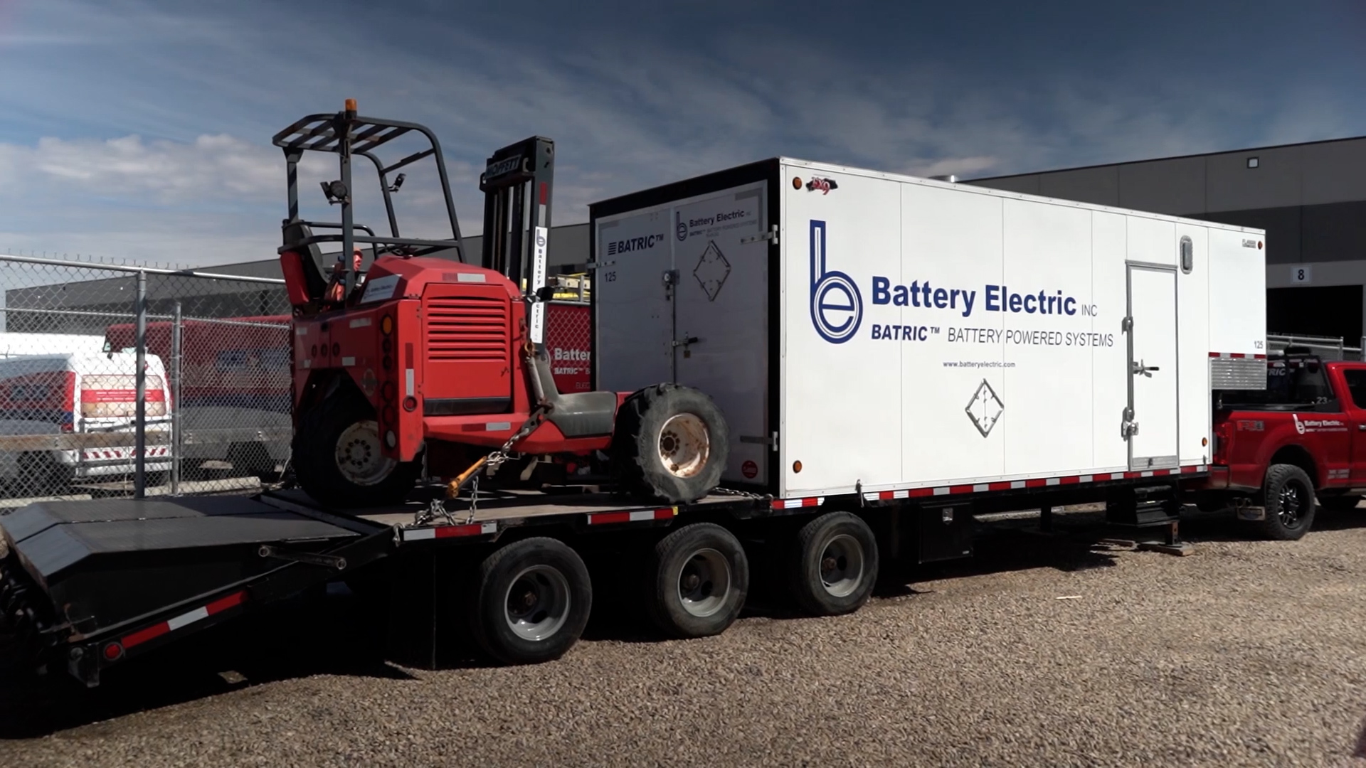 Battery Electric Trailer and Truck
